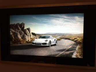Touchpanel met screensaver